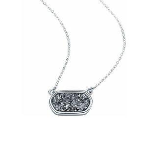 Jewelry - NEW!! Natural Druzy Quartz Necklace